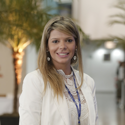Elen Milioli Picanço - Fórum VAGAS 2015